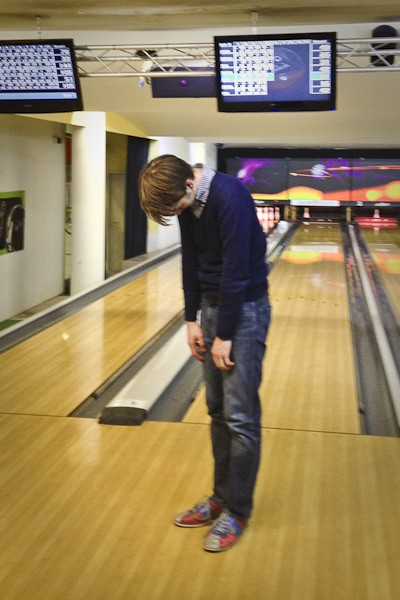 Spaß beim Bowling. enders Marketing
