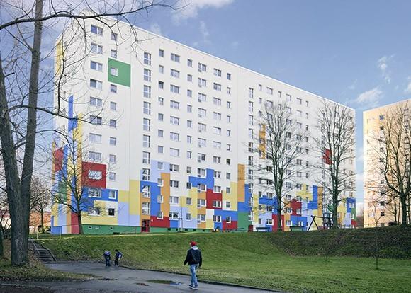 Hochhausfassade Umsetzung enders Marketing